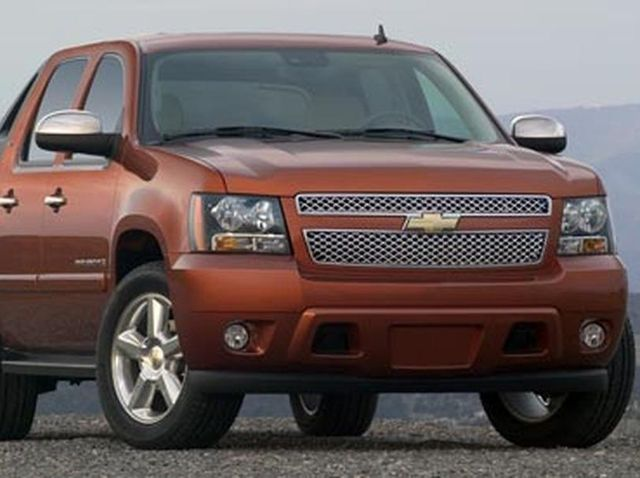 Chevrolet Avalanche Review Pricing And Specs