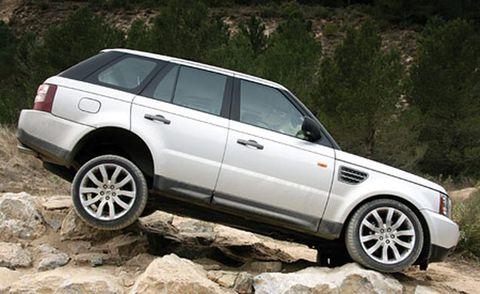 Tire, Wheel, Vehicle, Automotive design, Land vehicle, Automotive tire, Car, Rim, Alloy wheel, Automotive parking light,