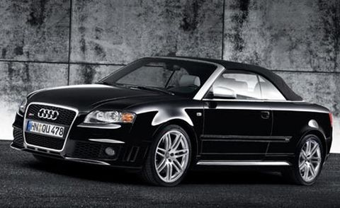 Tire, Wheel, Automotive mirror, Automotive design, Vehicle, Automotive lighting, Rim, Automotive parking light, Hood, Headlamp,
