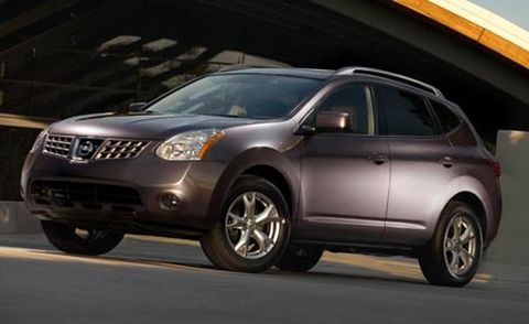 Motor vehicle, Tire, Wheel, Mode of transport, Automotive mirror, Vehicle, Transport, Product, Automotive tire, Glass,