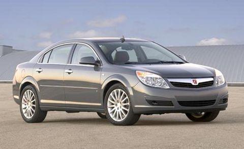 Tire, Wheel, Automotive mirror, Vehicle, Automotive tire, Glass, Automotive lighting, Rim, Car, Headlamp,