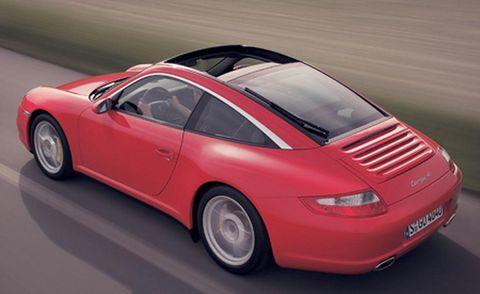 Tire, Wheel, Mode of transport, Automotive design, Vehicle, Transport, Car, Automotive tire, Automotive parking light, Rim,