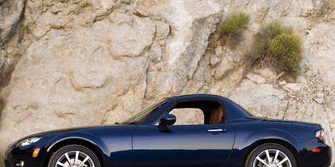 tire, wheel, automotive design, vehicle, alloy wheel, automotive mirror, rim, land vehicle, performance car, spoke,