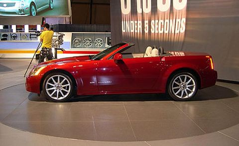 Tire, Wheel, Automotive design, Vehicle, Land vehicle, Alloy wheel, Spoke, Rim, Performance car, Car,