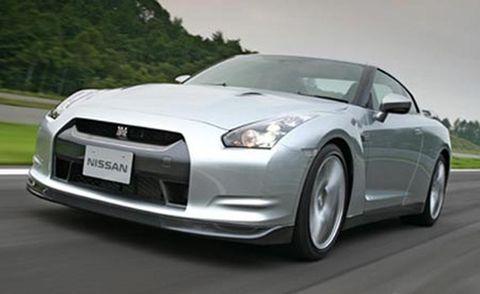 Automotive design, Vehicle, Headlamp, Automotive mirror, Transport, Hood, Automotive lighting, Infrastructure, Road, Rim,