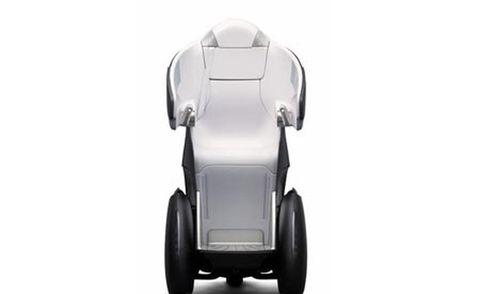 Automotive design, Product, Automotive exterior, Fender, Automotive tire, Rim, Auto part, Black, Tread, Grey,