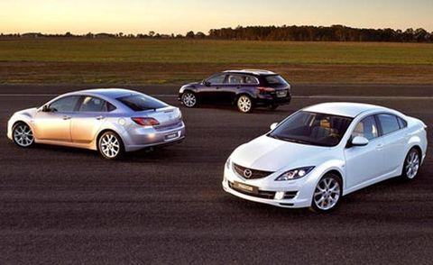 Wheel, Tire, Vehicle, Land vehicle, Automotive design, Car, Rim, Alloy wheel, Mid-size car, Fender,