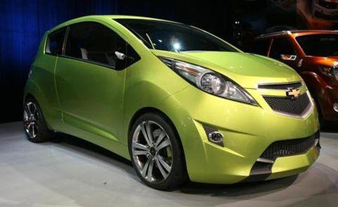Motor vehicle, Tire, Wheel, Mode of transport, Automotive design, Automotive mirror, Yellow, Vehicle, Transport, Car,