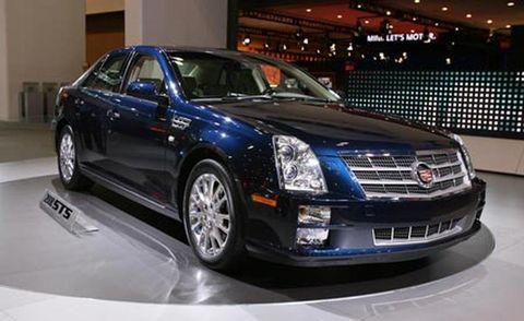 Tire, Wheel, Automotive design, Mode of transport, Vehicle, Land vehicle, Car, Transport, Automotive lighting, Grille,