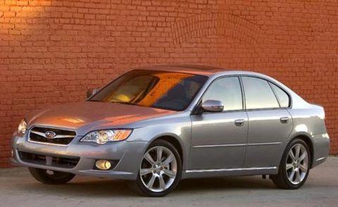Tire, Wheel, Vehicle, Automotive lighting, Automotive mirror, Automotive parking light, Alloy wheel, Rim, Headlamp, Glass,