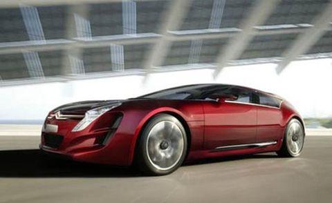 Tire, Wheel, Automotive mirror, Mode of transport, Automotive design, Vehicle, Transport, Land vehicle, Automotive lighting, Car,