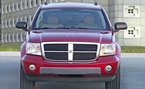 Motor vehicle, Automotive mirror, Mode of transport, Automotive design, Transport, Vehicle, Automotive lighting, Automotive exterior, Glass, Automotive parking light,