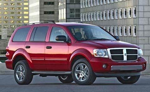 Tire, Wheel, Automotive tire, Vehicle, Window, Car, Rim, Hood, Red, Automotive parking light,