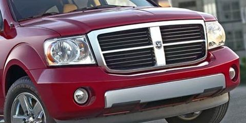 Tire, Motor vehicle, Automotive mirror, Mode of transport, Automotive design, Automotive tire, Vehicle, Automotive exterior, Automotive lighting, Transport,