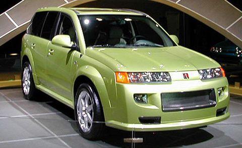 Motor vehicle, Tire, Wheel, Automotive design, Vehicle, Transport, Land vehicle, Automotive tire, Automotive mirror, Automotive lighting,