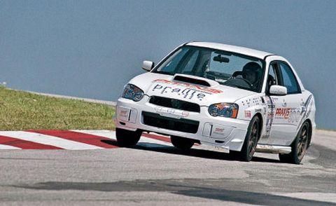 Automotive design, Vehicle, Land vehicle, Motorsport, Car, Hood, Racing, Regularity rally, Sports car racing, Auto racing,