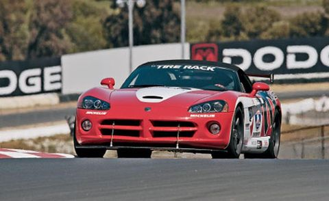 Automotive design, Vehicle, Sports car racing, Land vehicle, Race track, Car, Performance car, Hood, Motorsport, Rallying,