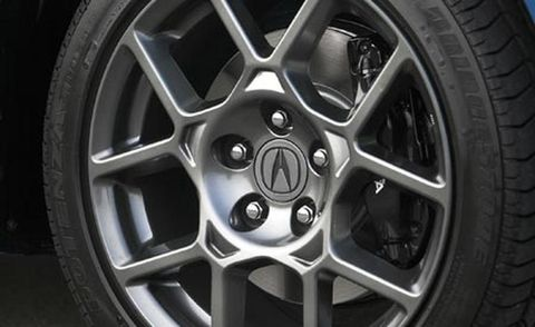 Wheel, Tire, Alloy wheel, Automotive tire, Spoke, Automotive wheel system, Rim, Automotive exterior, Automotive design, Synthetic rubber,