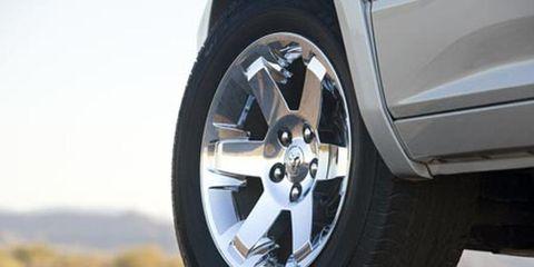 Tire, Wheel, Automotive tire, Automotive wheel system, Alloy wheel, Automotive design, Vehicle, Automotive exterior, Rim, Synthetic rubber,