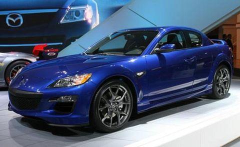 Tire, Wheel, Motor vehicle, Automotive design, Blue, Land vehicle, Vehicle, Car, Automotive lighting, Rim,