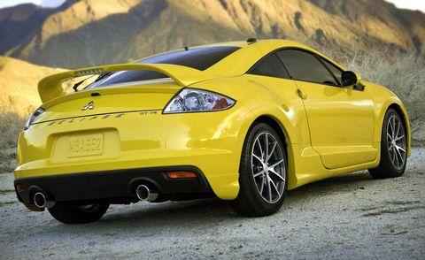Tire, Wheel, Automotive design, Mode of transport, Vehicle, Yellow, Transport, Rim, Car, Mountainous landforms,