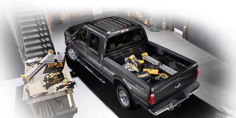 Motor vehicle, Automotive design, Vehicle, Automotive exterior, Automotive lighting, Car, Pickup truck, Automotive tire, Bumper, Automotive parking light,