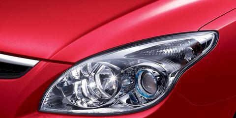 Automotive design, Automotive lighting, Headlamp, Car, Light, Hood, Grey, Bumper, Luxury vehicle, Automotive light bulb,