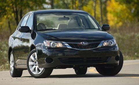 Motor vehicle, Tire, Automotive design, Daytime, Vehicle, Automotive mirror, Glass, Automotive lighting, Land vehicle, Headlamp,