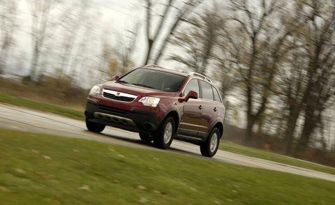 Tire, Wheel, Automotive design, Road, Automotive tire, Vehicle, Infrastructure, Rim, Automotive mirror, Alloy wheel,