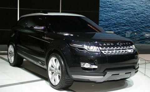 Tire, Wheel, Automotive design, Vehicle, Product, Land vehicle, Automotive tire, Automotive lighting, Car, Alloy wheel,
