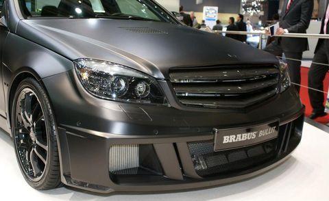 Automotive design, Vehicle, Land vehicle, Automotive lighting, Grille, Headlamp, Car, Rim, Automotive tire, Hood,