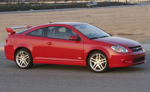 Tire, Wheel, Vehicle, Automotive design, Alloy wheel, Rim, Car, Hood, Automotive lighting, Headlamp,