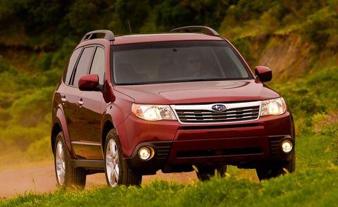 Tire, Wheel, Automotive mirror, Vehicle, Brown, Land vehicle, Car, Automotive lighting, Landscape, Rim,