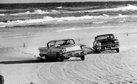 Vehicle, Land vehicle, Classic car, Coast, Car, Automotive exterior, Shore, Hood, Classic, Bumper,