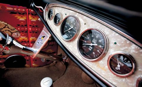 Motor vehicle, Mode of transport, Transport, Vehicle, Speedometer, Gauge, Steering wheel, Steering part, Odometer, Tachometer,