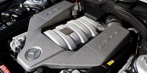 Automotive design, Engine, Automotive exterior, Personal luxury car, Luxury vehicle, Automotive engine part, Carbon, Performance car, Automotive air manifold, Kit car,