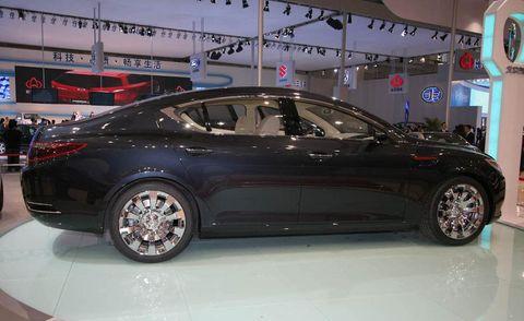 Wheel, Tire, Automotive design, Vehicle, Car, Rim, Alloy wheel, Personal luxury car, Automotive wheel system, Automotive tire,