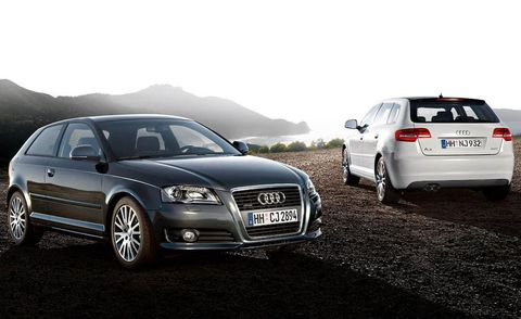 Tire, Motor vehicle, Wheel, Automotive design, Vehicle, Land vehicle, Car, Automotive tire, Vehicle registration plate, Headlamp,
