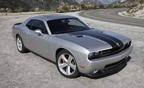Tire, Motor vehicle, Automotive design, Automotive tire, Vehicle, Automotive exterior, Hood, Window, Rim, Automotive lighting,
