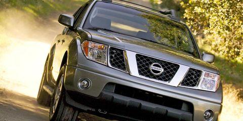 Motor vehicle, Automotive design, Automotive tire, Automotive exterior, Vehicle, Hood, Automotive lighting, Headlamp, Land vehicle, Grille,