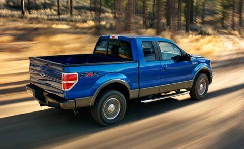 Tire, Wheel, Motor vehicle, Pickup truck, Blue, Automotive tire, Vehicle, Land vehicle, Automotive design, Truck,