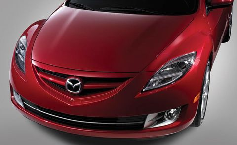 Mode of transport, Automotive design, Vehicle, Automotive lighting, Car, Red, Fender, Bumper, Automotive mirror, Hood,