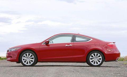 Tire, Wheel, Automotive design, Vehicle, Alloy wheel, Car, Red, Rim, Mid-size car, Full-size car,