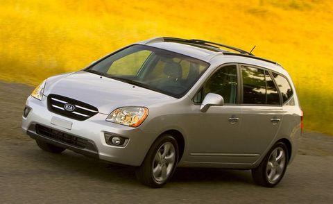 Tire, Motor vehicle, Wheel, Automotive mirror, Mode of transport, Automotive design, Vehicle, Daytime, Transport, Automotive lighting,