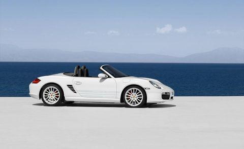Wheel, Automotive design, Vehicle, Car, Convertible, Alloy wheel, Fender, Personal luxury car, Roadster, Sports car,