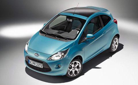 Motor vehicle, Tire, Automotive mirror, Wheel, Mode of transport, Automotive design, Blue, Product, Vehicle, Transport,