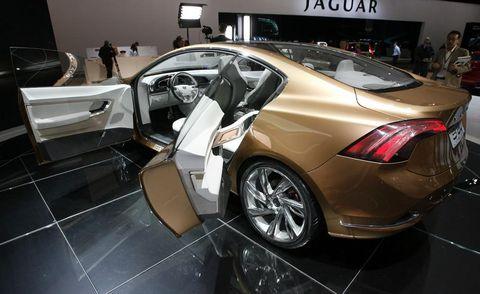 Automotive design, Vehicle, Car, Concept car, Personal luxury car, Luxury vehicle, Auto show, Sports car, Exhibition, Alloy wheel,