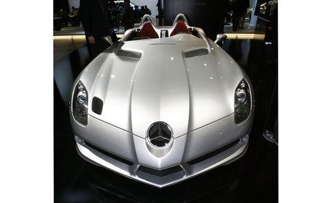 Automotive design, Automotive exterior, Automotive lighting, Sports car, Headlamp, Performance car, Supercar, Bumper, Luxury vehicle, Grille,
