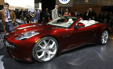 Tire, Wheel, Automotive design, Vehicle, Event, Land vehicle, Performance car, Car, Sports car, Auto show,