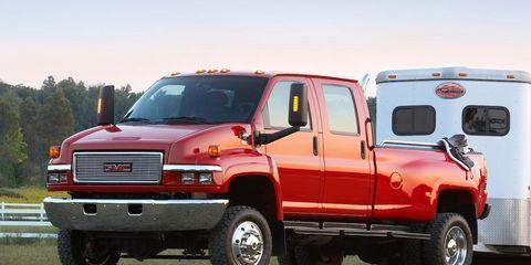 Tire, Wheel, Motor vehicle, Automotive tire, Vehicle, Transport, Land vehicle, Natural environment, Automotive design, Rim,
